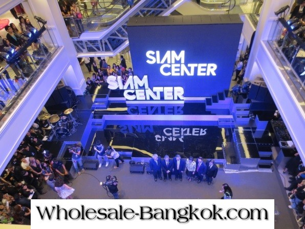 50 PHOTOS OF SIAM CENTER SHOPPING CENTER SHOPS AND PRODUCTS